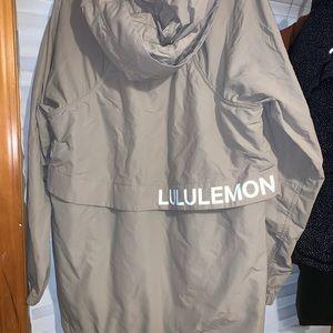 Lululemon limited edition windbreaker